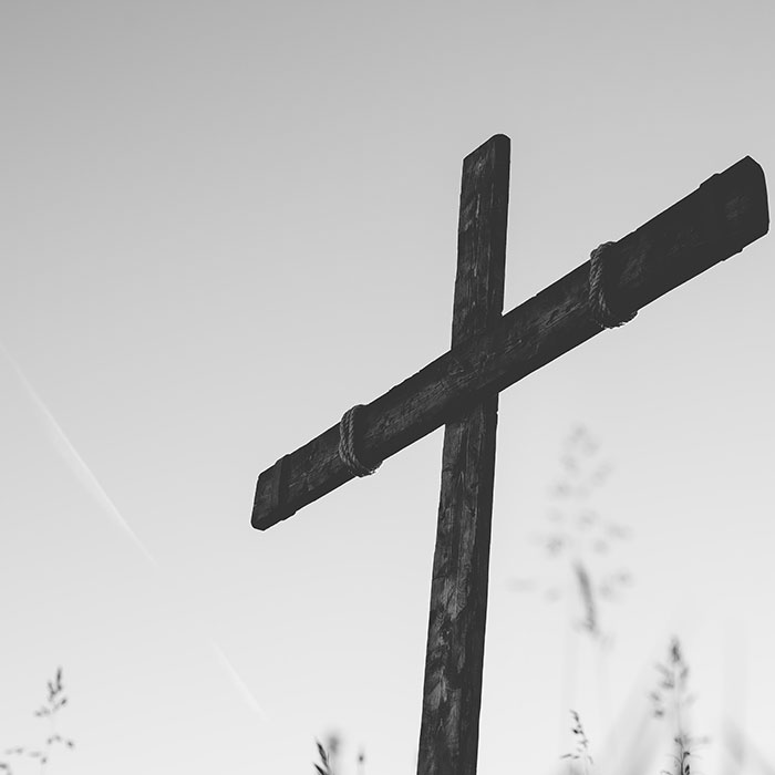 Cross BW